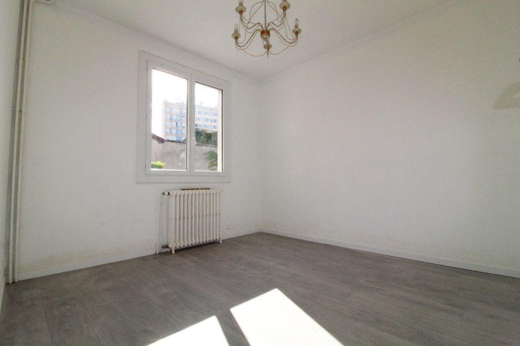 Maison à louer 6 106m2 à Toulouse vignette-4