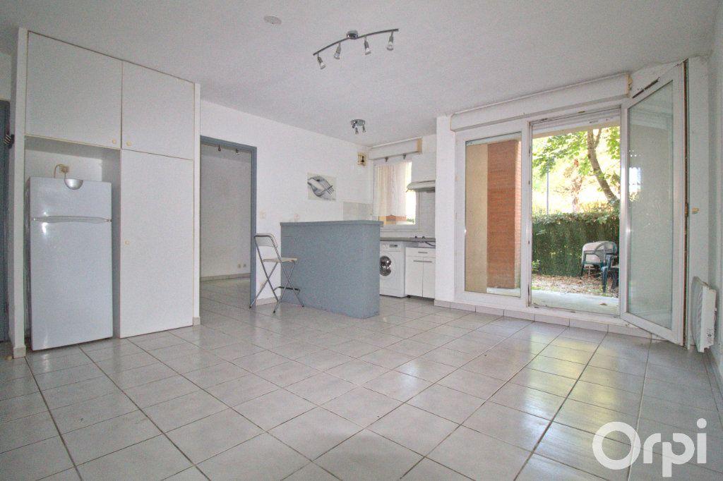 Appartement à louer 2 35.82m2 à Toulouse vignette-1