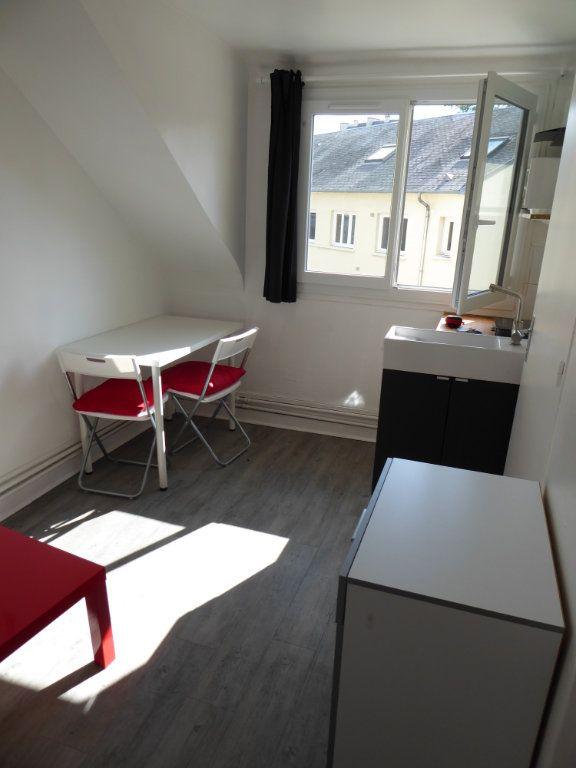 Appartement à louer 1 10.9m2 à Caen vignette-2
