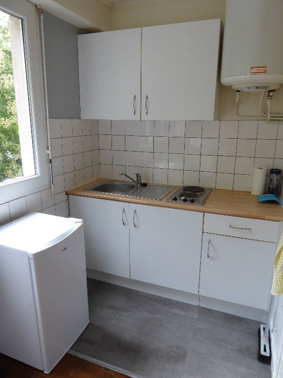 Appartement à louer 1 21m2 à Caen vignette-4