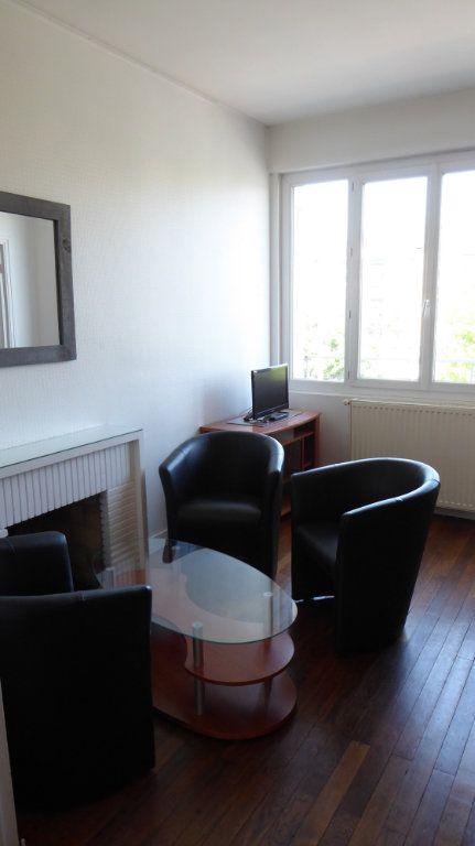 Appartement à louer 4 54m2 à Caen vignette-1