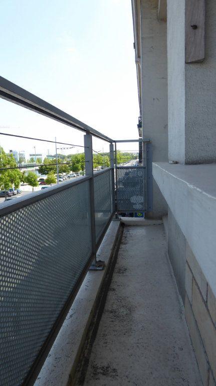 Appartement à louer 4 54m2 à Caen vignette-3