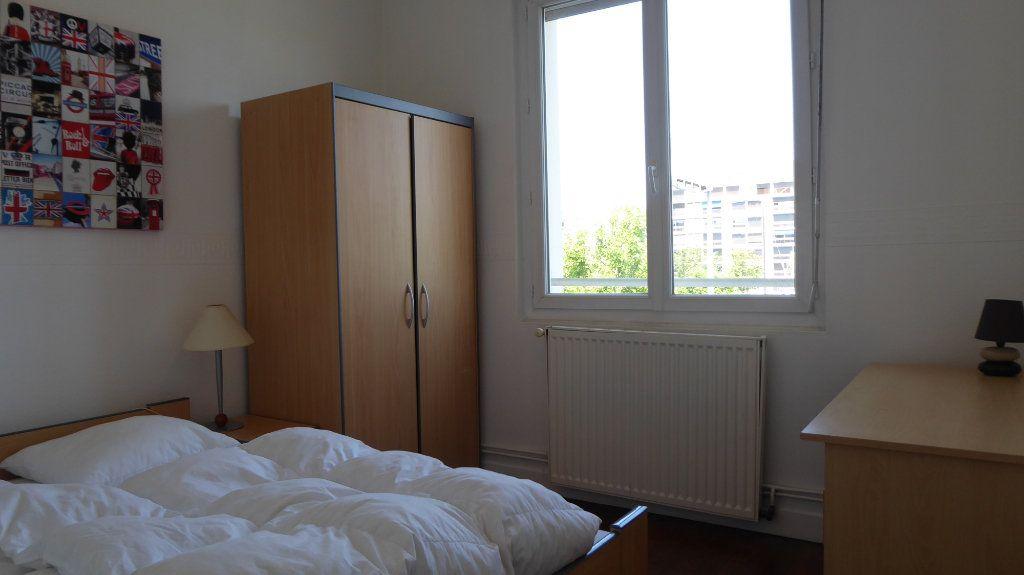 Appartement à louer 4 54m2 à Caen vignette-5
