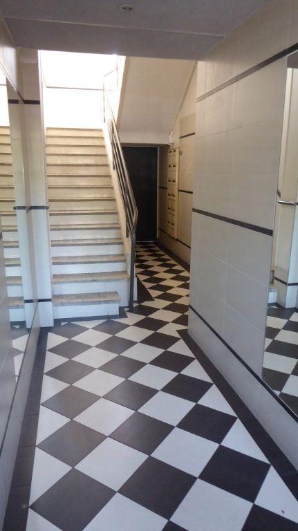 Appartement à louer 4 54m2 à Caen vignette-7