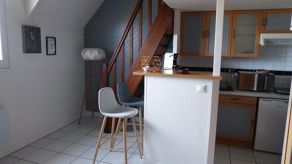 Appartement à louer 2 27.7m2 à Caen vignette-1