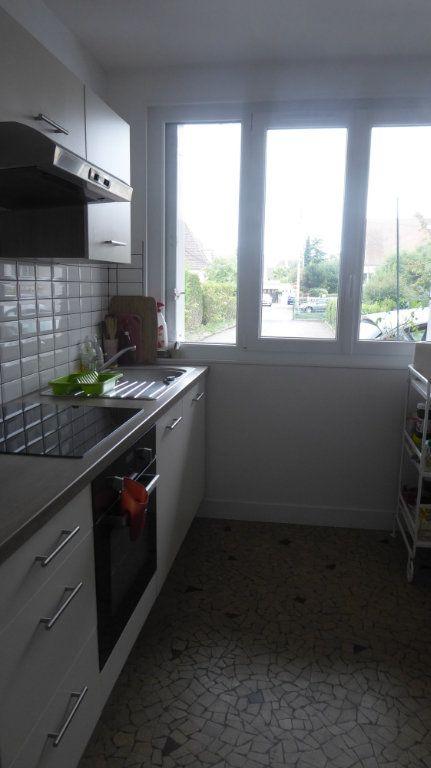 Appartement à louer 2 46.44m2 à Caen vignette-2