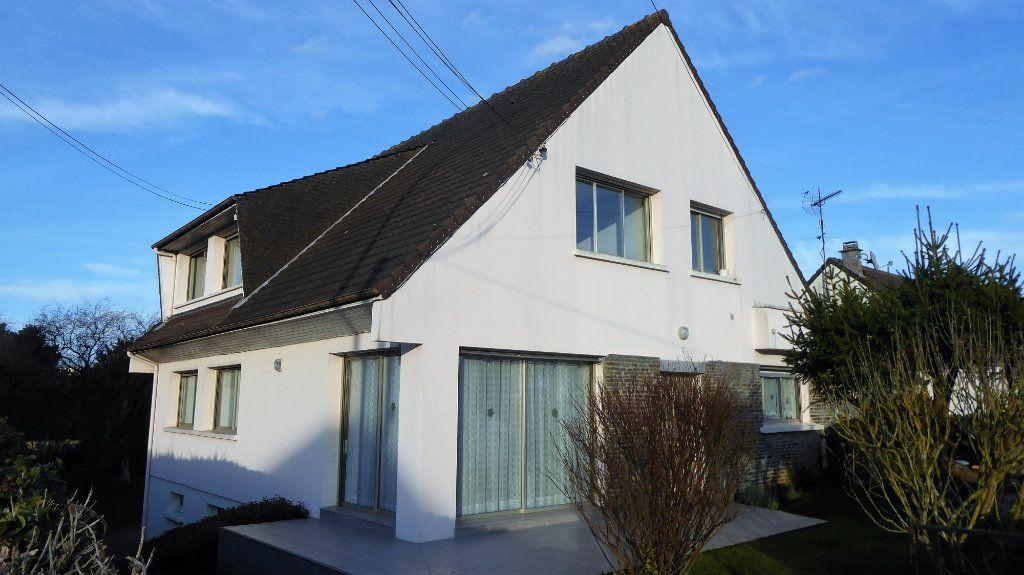 Appartement à louer 4 84m2 à Caen vignette-1