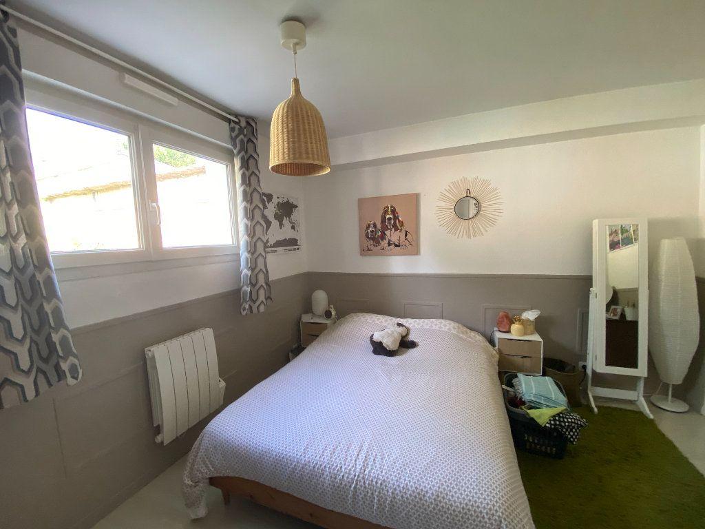 Appartement à louer 2 41.41m2 à Caen vignette-3