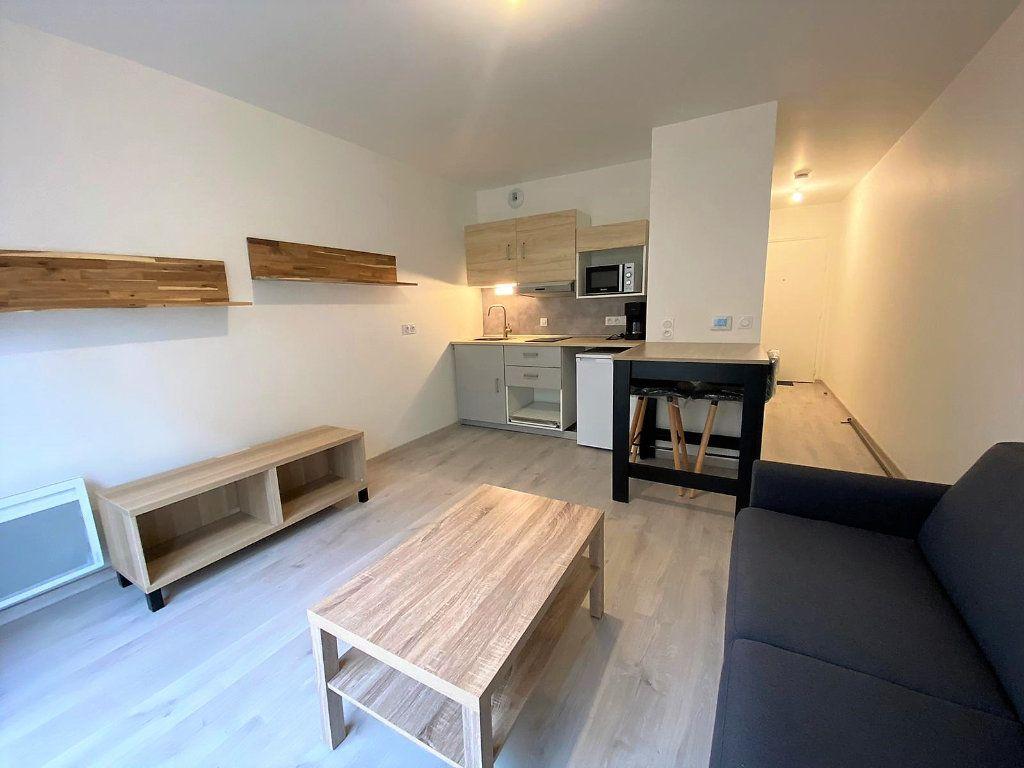 Appartement à louer 1 26.57m2 à Caen vignette-1