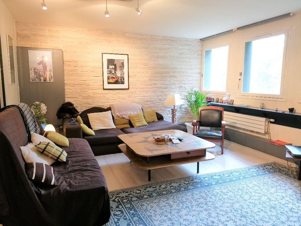 Appartement à vendre 4 100m2 à Caen vignette-4