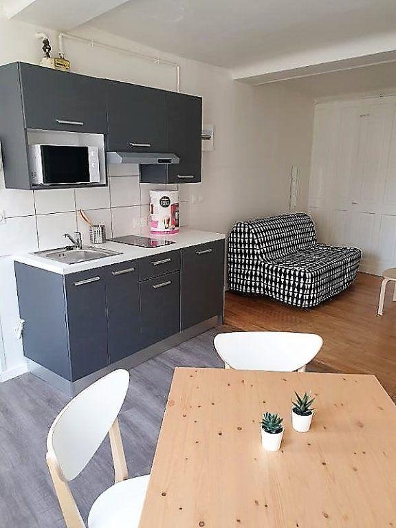 Appartement à louer 1 27.5m2 à Caen vignette-2