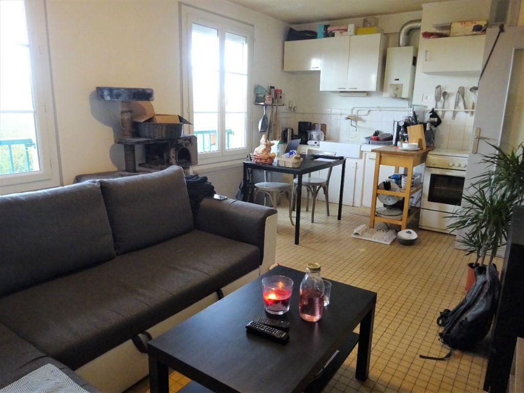 Appartement à louer 1 28.3m2 à Caen vignette-2