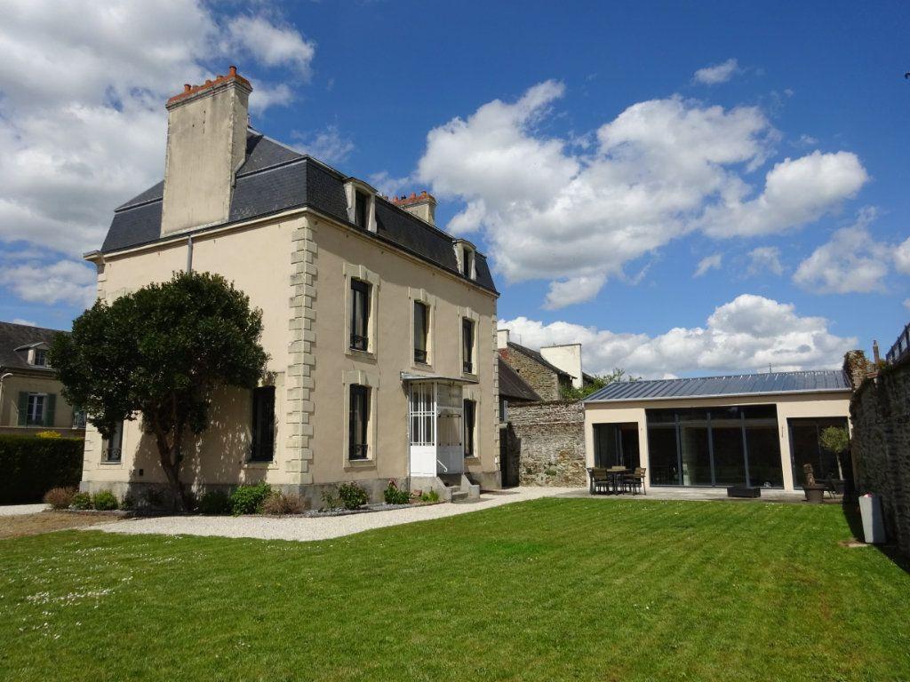 Maison à vendre 10 242m2 à Thury-Harcourt vignette-1