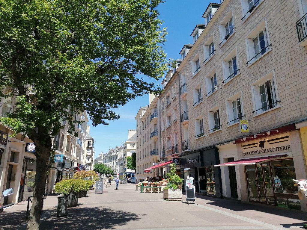 Appartement à vendre 1 10.06m2 à Caen vignette-1