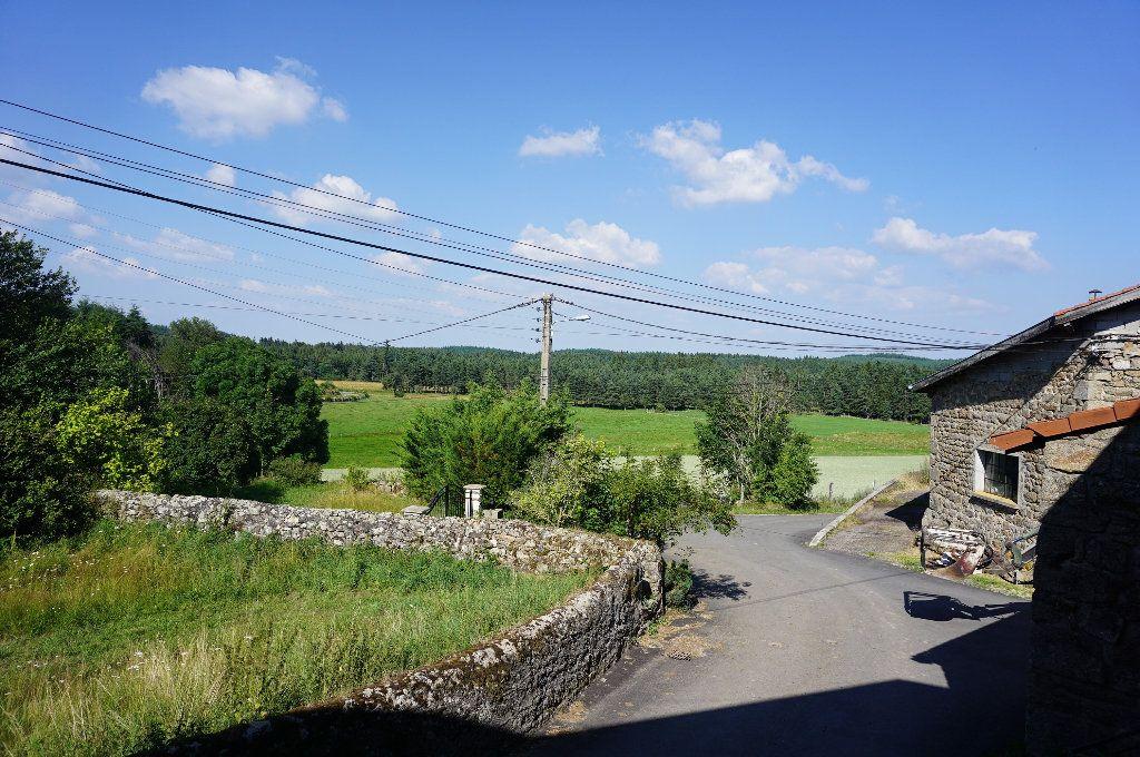 Maison à vendre 5 105m2 à Saint-Hilaire-Cusson-la-Valmitte vignette-7