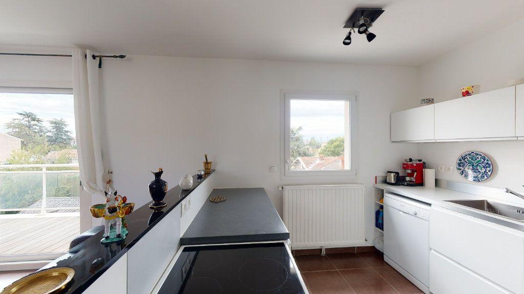 Appartement à vendre 3 74m2 à Andrézieux-Bouthéon vignette-2