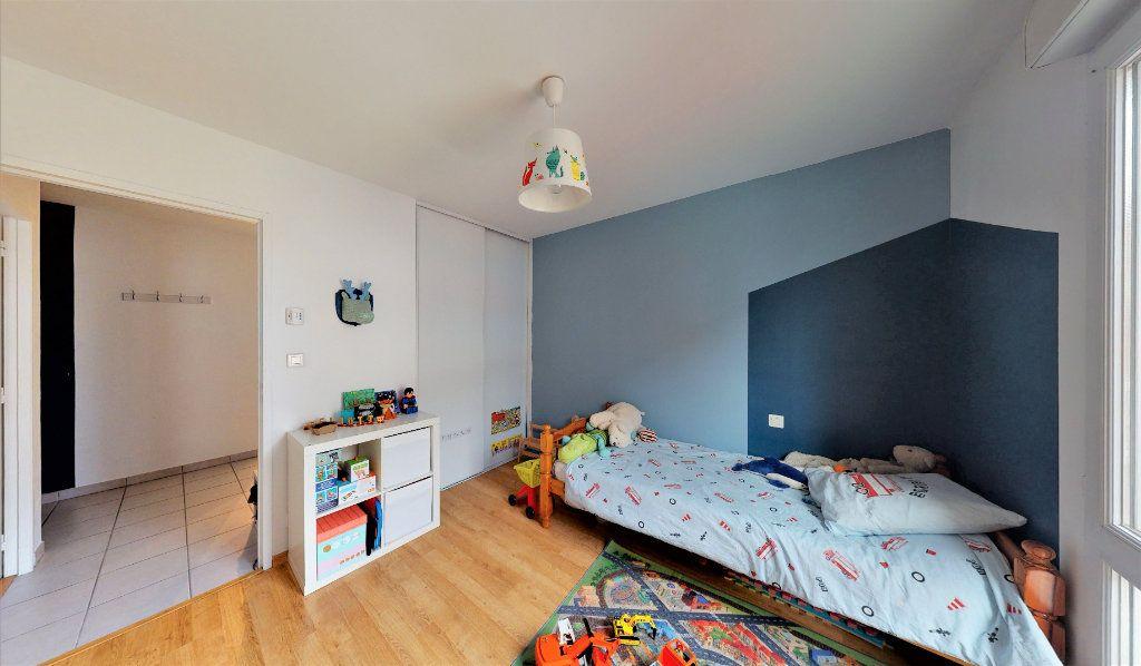Appartement à vendre 3 83m2 à Saint-Chamond vignette-3