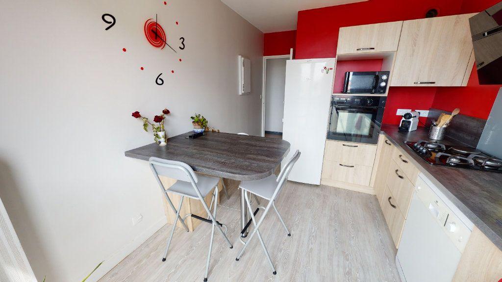 Appartement à vendre 5 91.18m2 à Saint-Just-Saint-Rambert vignette-3