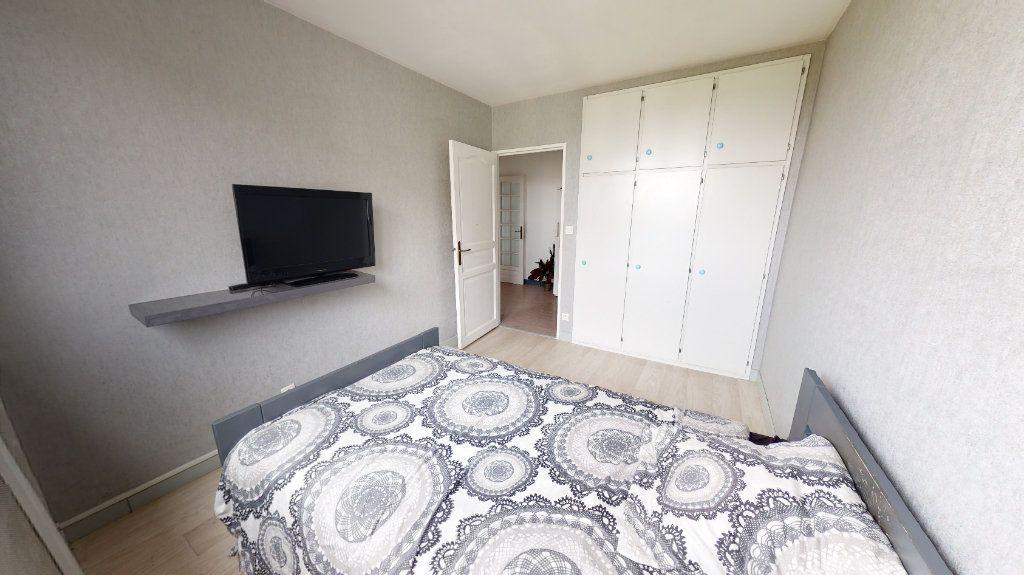 Appartement à vendre 5 91.18m2 à Saint-Just-Saint-Rambert vignette-5