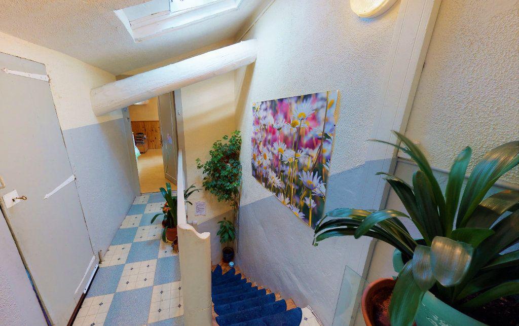 Appartement à vendre 4 85.23m2 à Saint-Étienne vignette-4