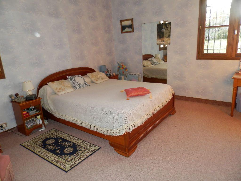 Maison à vendre 9 145m2 à Secondigny vignette-5