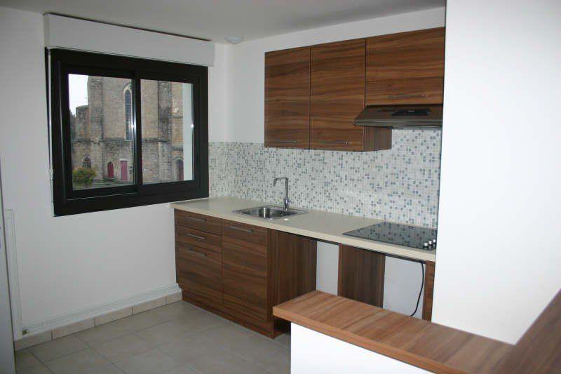 Appartement à vendre 3 75m2 à Parthenay vignette-2