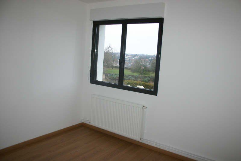 Appartement à vendre 3 75m2 à Parthenay vignette-4