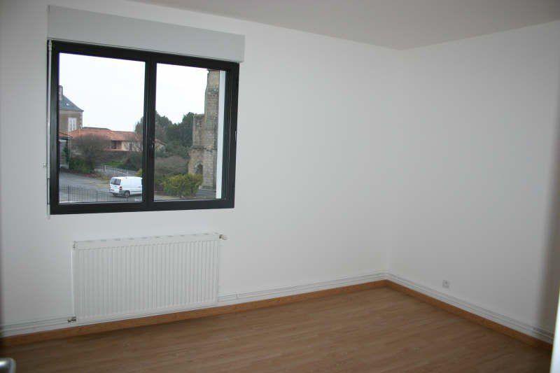 Appartement à vendre 3 75m2 à Parthenay vignette-5