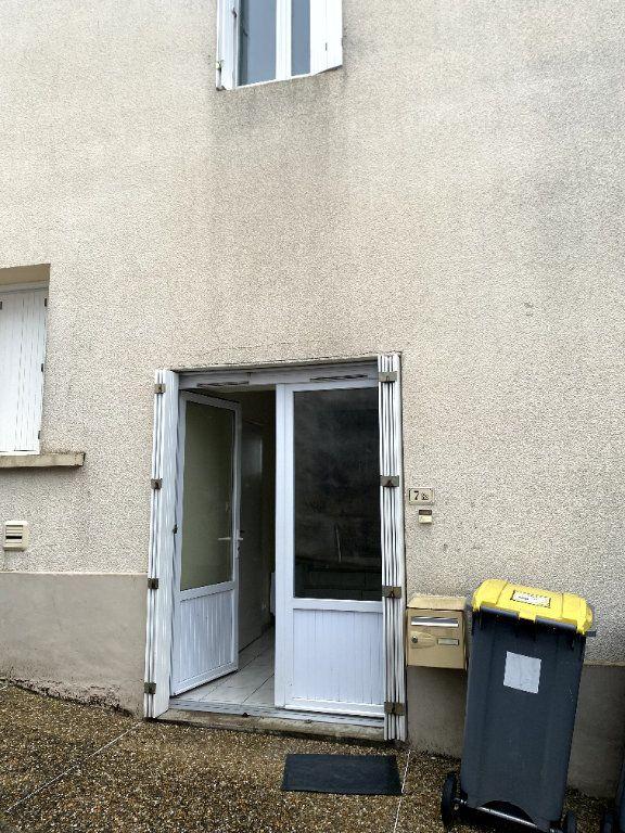 Maison à louer 2 40m2 à Beaulieu-sous-Parthenay vignette-8