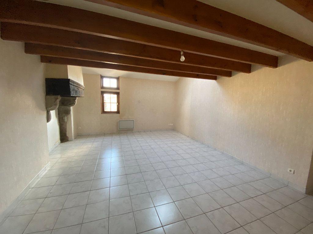 Appartement à louer 3 65m2 à Amailloux vignette-3