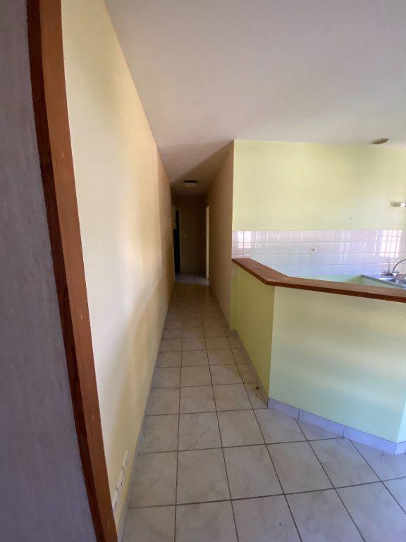 Appartement à louer 3 65m2 à Amailloux vignette-4