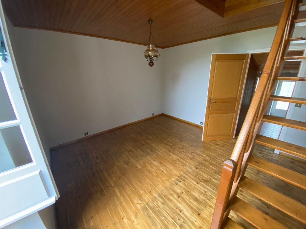 Maison à louer 5 72m2 à La Peyratte vignette-7