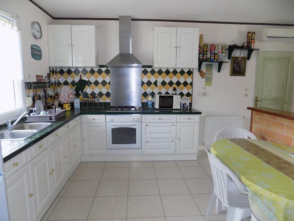 Maison à vendre 6 98m2 à Amailloux vignette-4