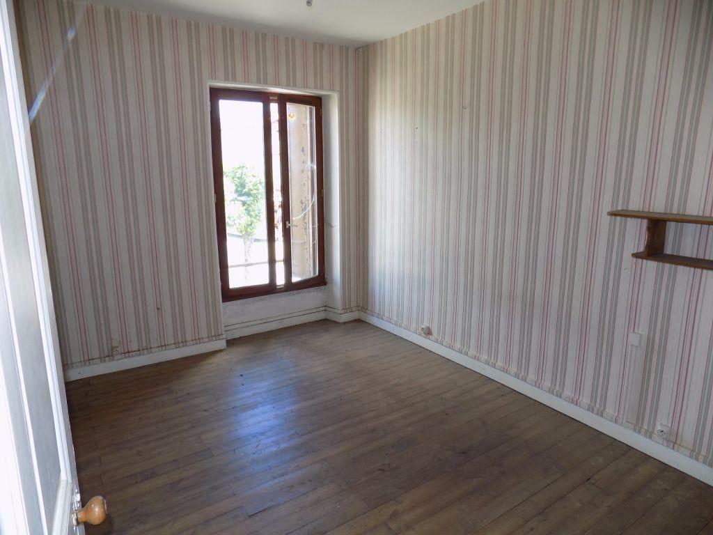 Maison à vendre 5 104m2 à Chantecorps vignette-5