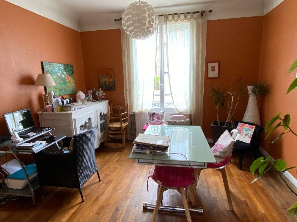 Maison à vendre 7 113.37m2 à Parthenay vignette-13