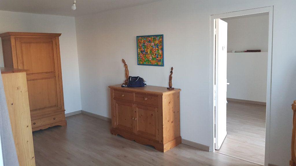 Maison à vendre 7 164.9m2 à Pompaire vignette-2