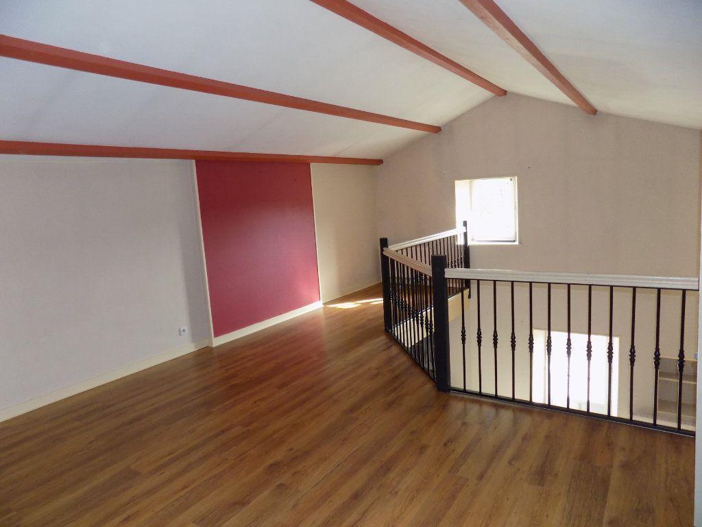 Maison à vendre 6 180m2 à Allonne vignette-5