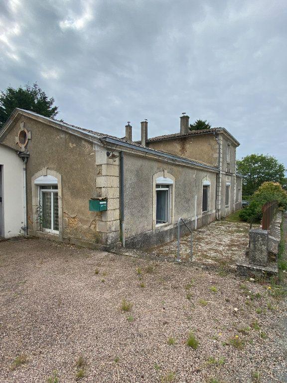 Maison à vendre 4 150m2 à Mazières-en-Gâtine vignette-2