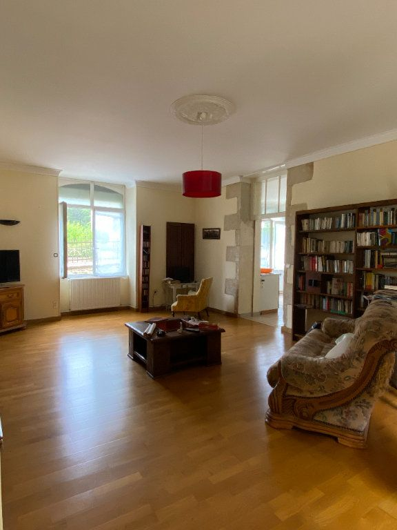 Maison à vendre 4 150m2 à Mazières-en-Gâtine vignette-4