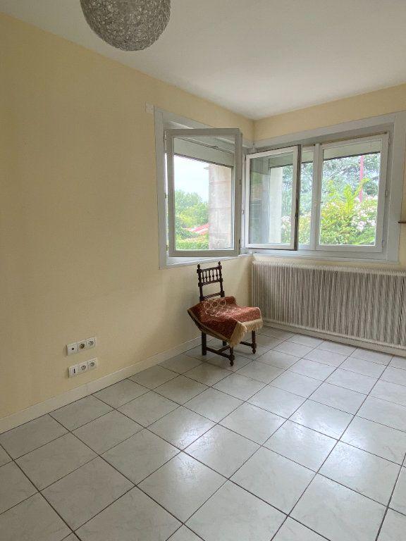 Maison à vendre 4 150m2 à Mazières-en-Gâtine vignette-9