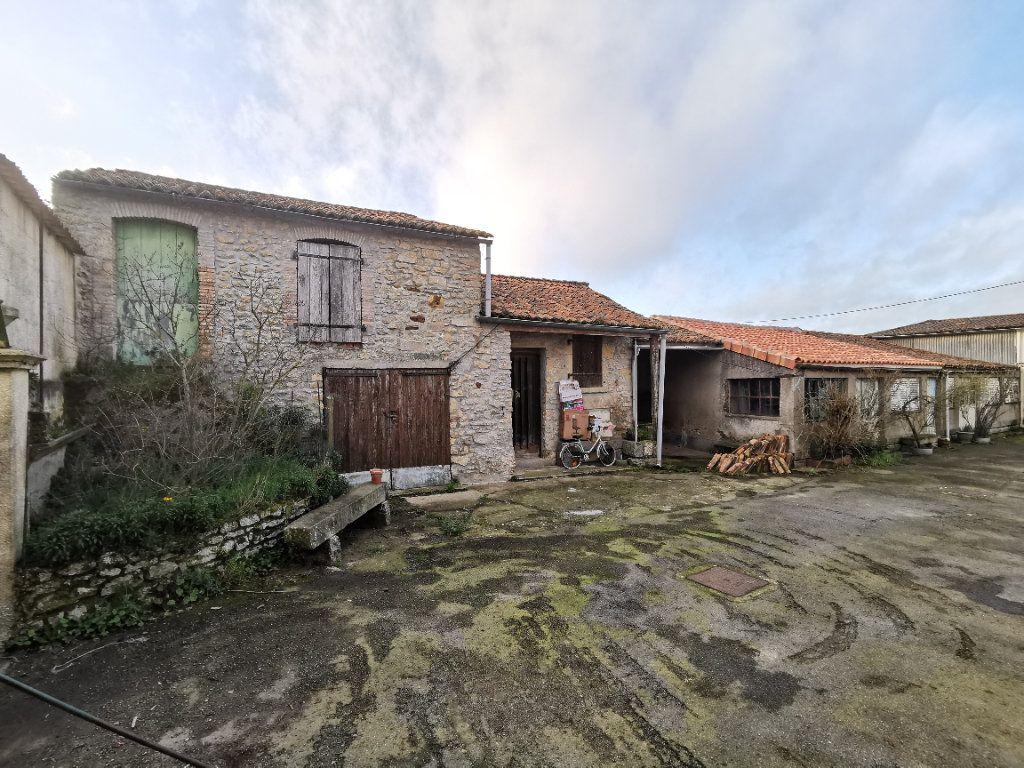 Maison à vendre 6 131m2 à Louin vignette-17