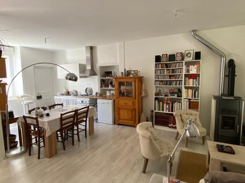 Maison à vendre 5 130m2 à Parthenay vignette-2