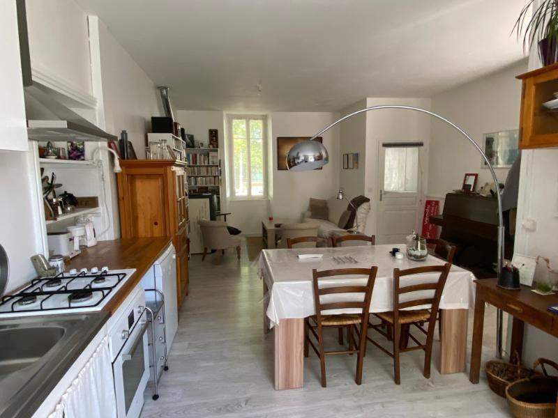 Maison à vendre 5 130m2 à Parthenay vignette-3