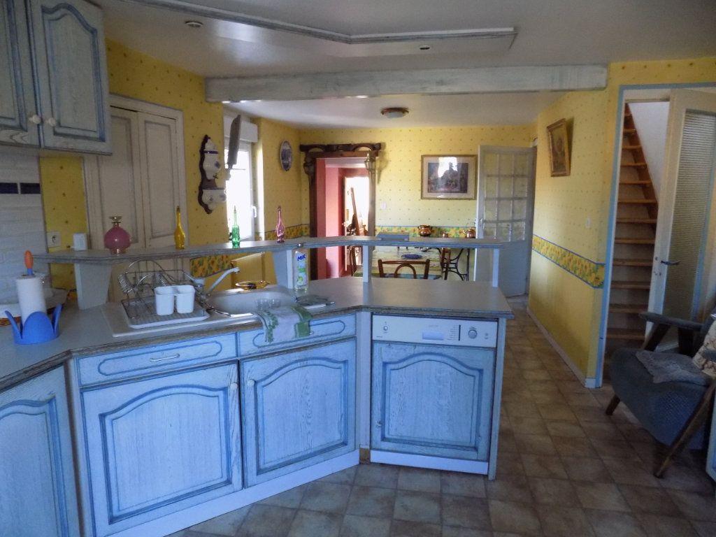 Appartement à vendre 4 130m2 à Parthenay vignette-11