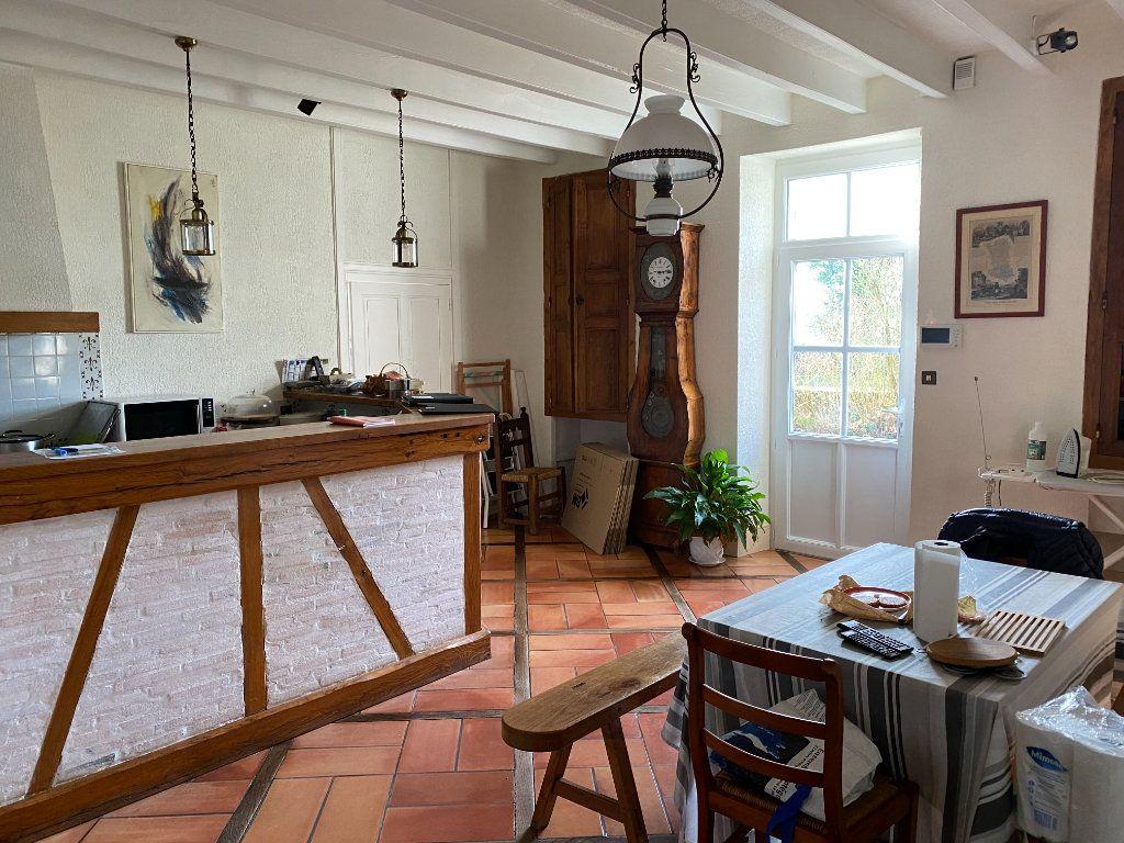 Maison à vendre 7 272m2 à Saint-Aubin-le-Cloud vignette-3