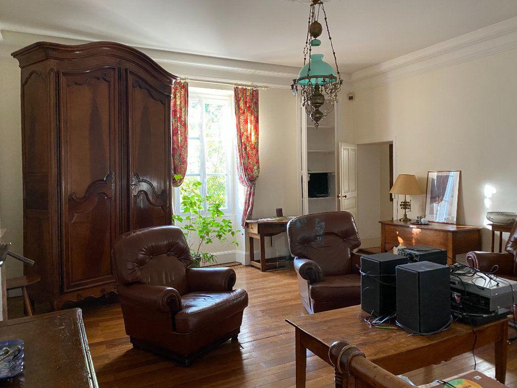 Maison à vendre 7 272m2 à Saint-Aubin-le-Cloud vignette-5
