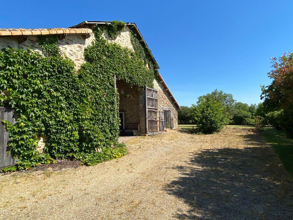 Maison à vendre 7 272m2 à Saint-Aubin-le-Cloud vignette-6