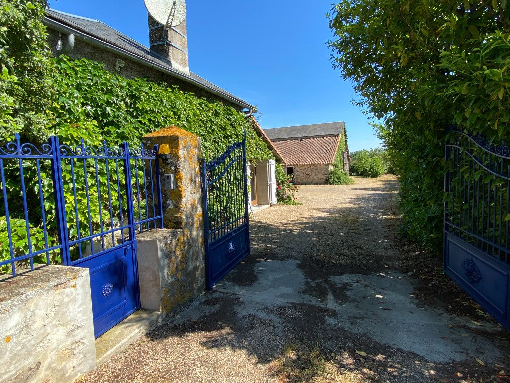 Maison à vendre 7 272m2 à Saint-Aubin-le-Cloud vignette-9