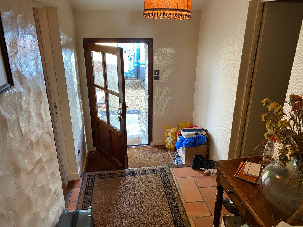 Maison à vendre 7 272m2 à Saint-Aubin-le-Cloud vignette-16