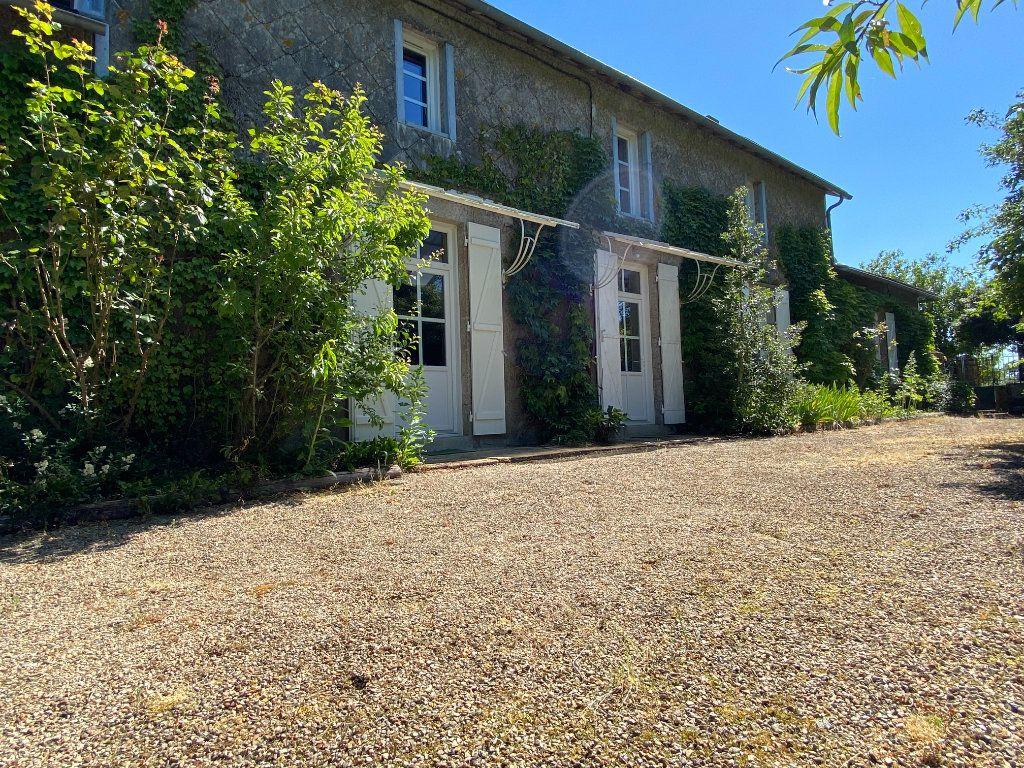 Maison à vendre 7 272m2 à Saint-Aubin-le-Cloud vignette-19